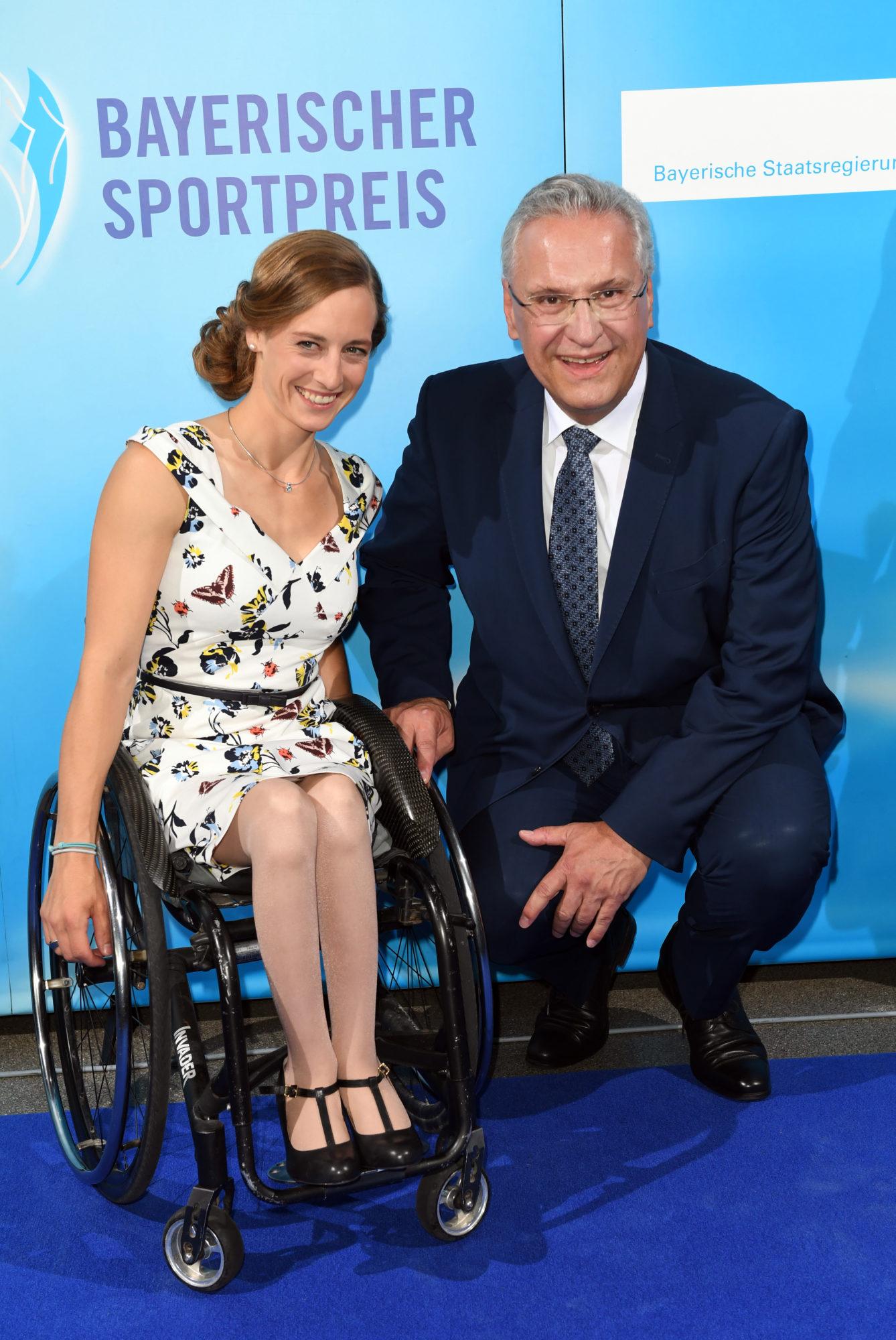 Anna Schaffelhuber und StM Herrmann